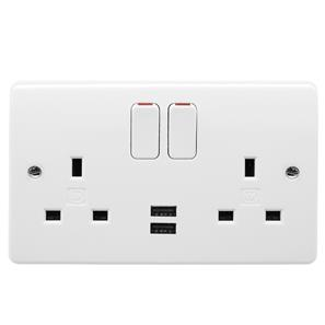 MK Logic Plus Wall Socket with USB Chargers 2 gang 13 amp sockets and 2 amp USB White