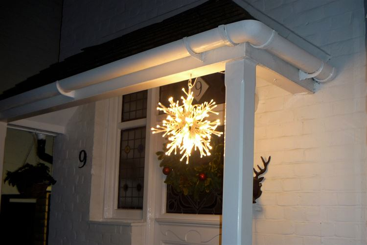 LED Snowflake Outdoor/Indoor Range