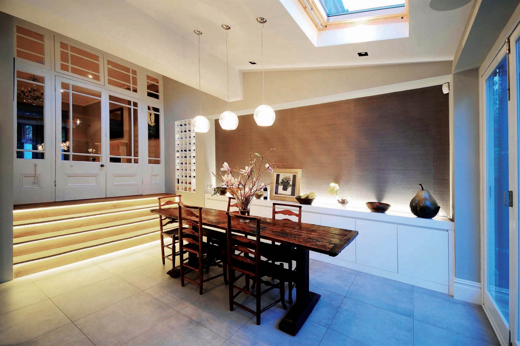 Pendants over dining table