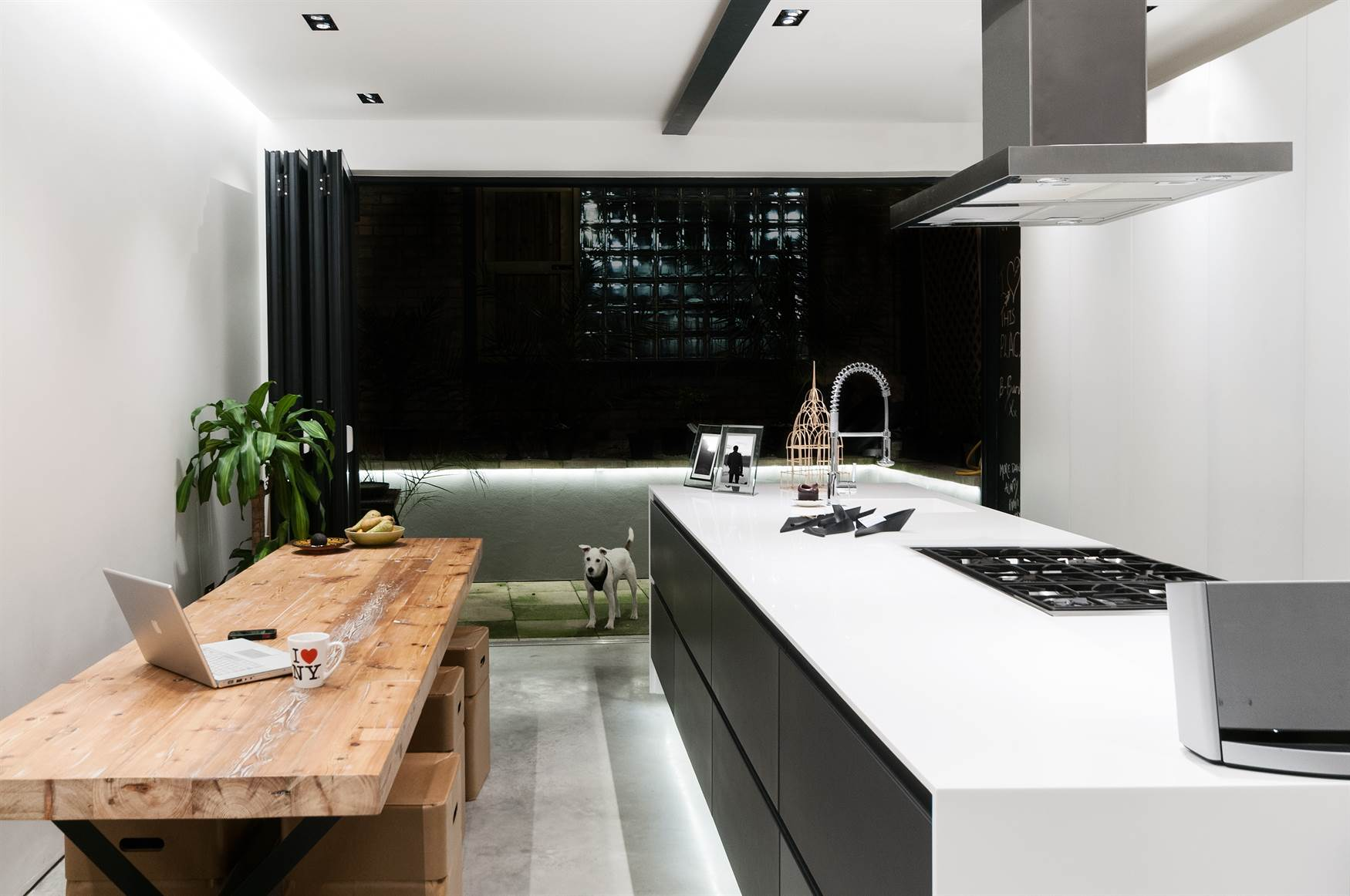 Trimless downlights and LED Tape in Kitchen